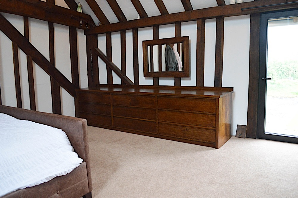 Barn bedroom chest of drawers