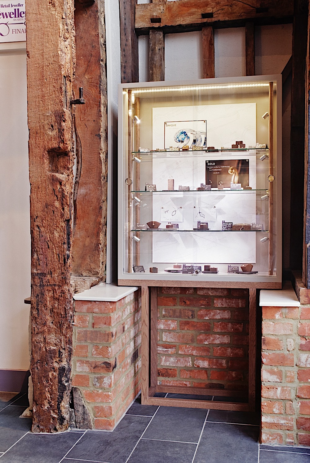 Jewellery shop fit out